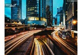 Hong Kong en verkeer op de avond