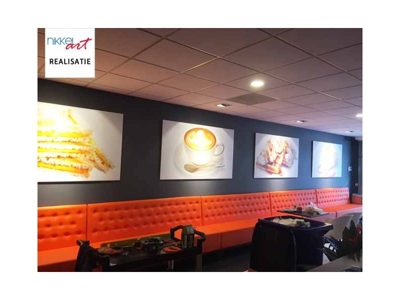 Mooie schilderijen voor hotels, kantoren, banken en horeca-inrichtingen zoals o.a. restaurants, cafés, pubs, discotheken