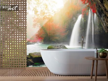 Badkamer met Glazen Achterwand Heo Suwat Waterval