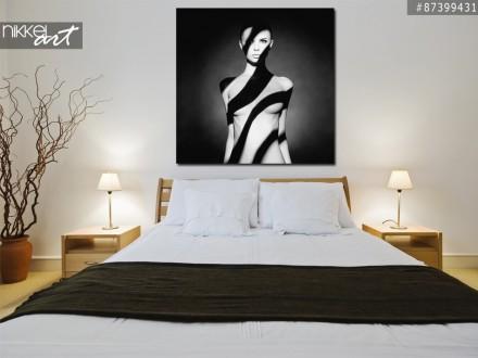 Foto op Aluminium Portret van een jonge vrouw