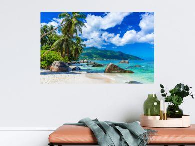 Baie Beau Vallon - Beach on island Mahe in Seychelles