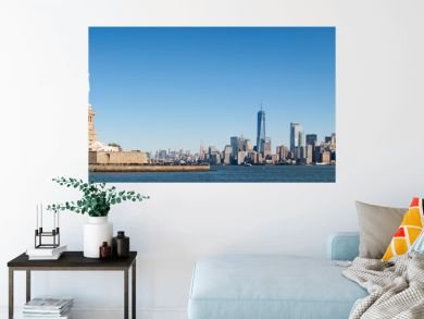 Liberty Island und Manhattan Panorama in New York City, USA