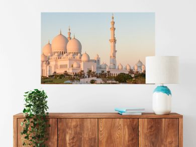 Panorama of Sheikh Zayed Grand Mosque in Abu Dhabi, UAE