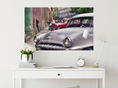 Havana scene with Old car