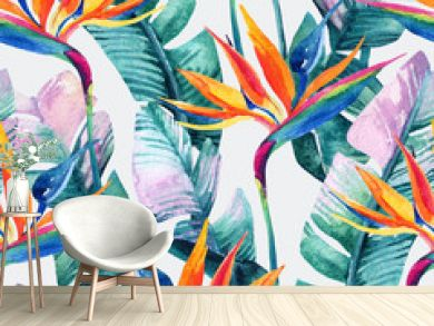 Watercolor tropical seamless pattern with bird-of-paradise flower.