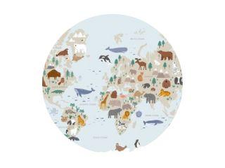 Dieren wereldkaart voor kinderen. Poster met schattige vectordieren in vlakke stijl. Doodle stripfiguren in Scandinavische stijl voor kinderen