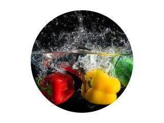 Paprika plons in water